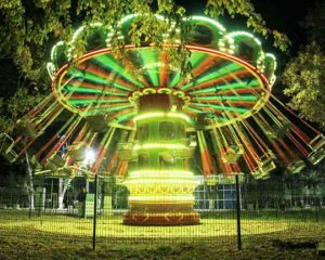 swings amusement park ride manufacturer