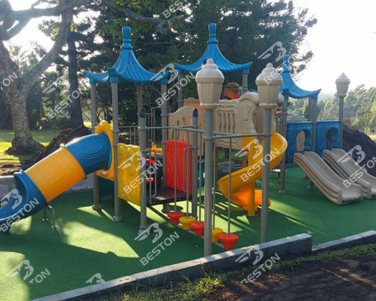 Customer Feedback of Beston Plastic Playground Slides in South Africa
